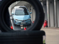 操控+耐磨+节能 体验米其林EV专用轮胎
