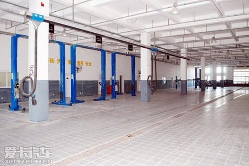 大连保税区恒泰长安福特4S店试营业