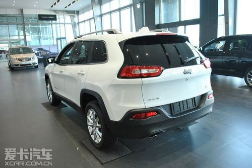 Jeep自由光大连到店调查 最低订金1万元