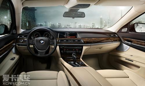 宝马BMW 7系四门轿车大气凛然精雕细琢