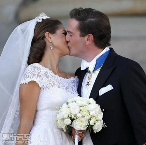 让您和瑞典公主 同享沃尔沃豪华婚车队