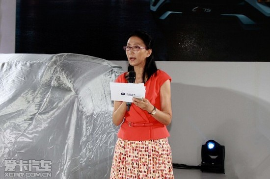 长安汽车携CS75 亮相2014大连国际车展