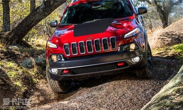 全路况德系挑战者 Jeep自由光VS奥迪Q5