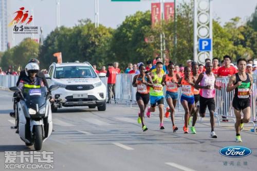 福特领界领跑南昌马拉松 身体和灵魂总有一个在路上
