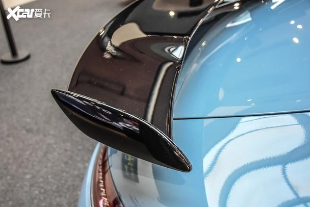 车窗安全按钮_暴力绅士AMG GT R 实拍china blue瓷器蓝特别版_爱卡汽车